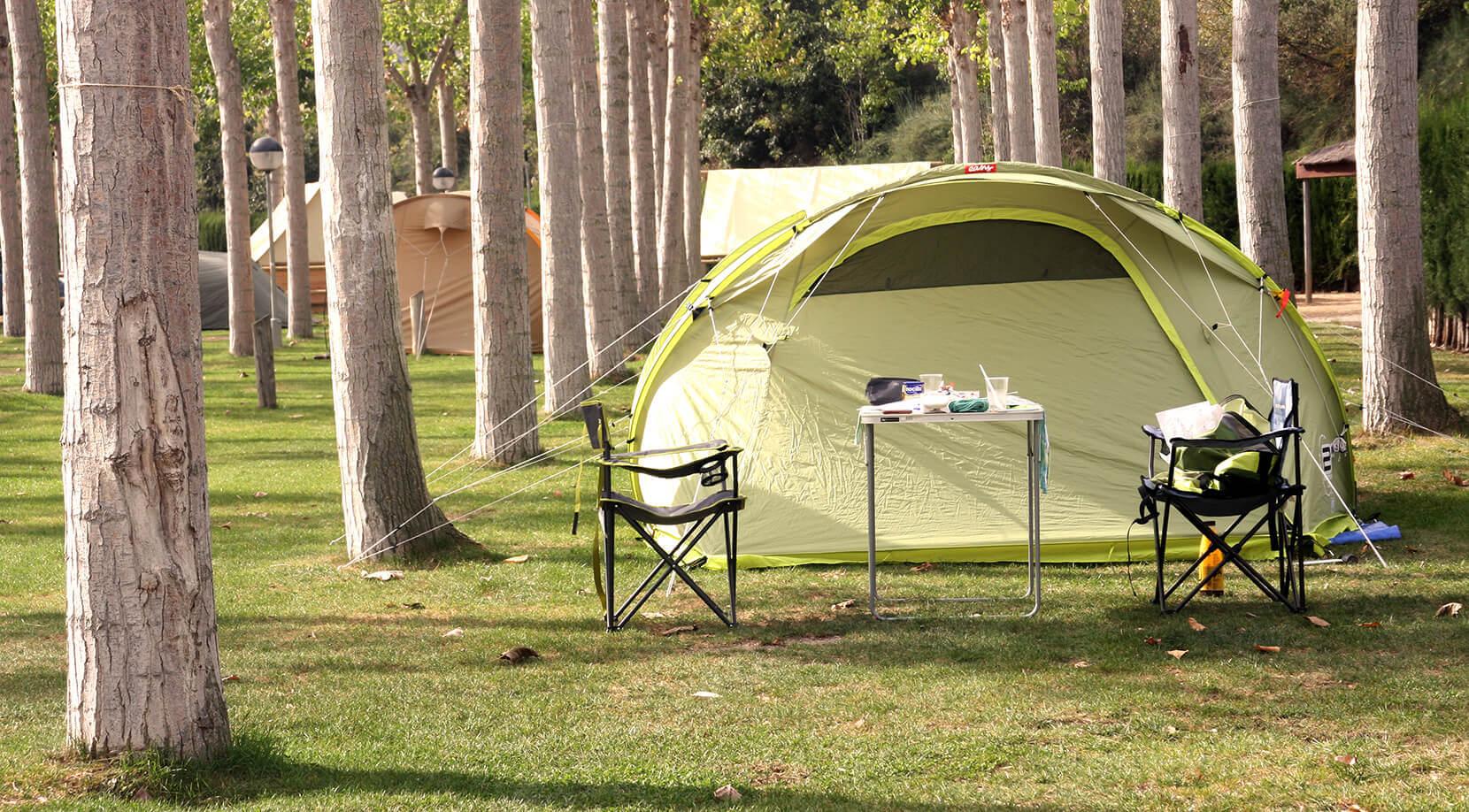 Emplacements de tente.
