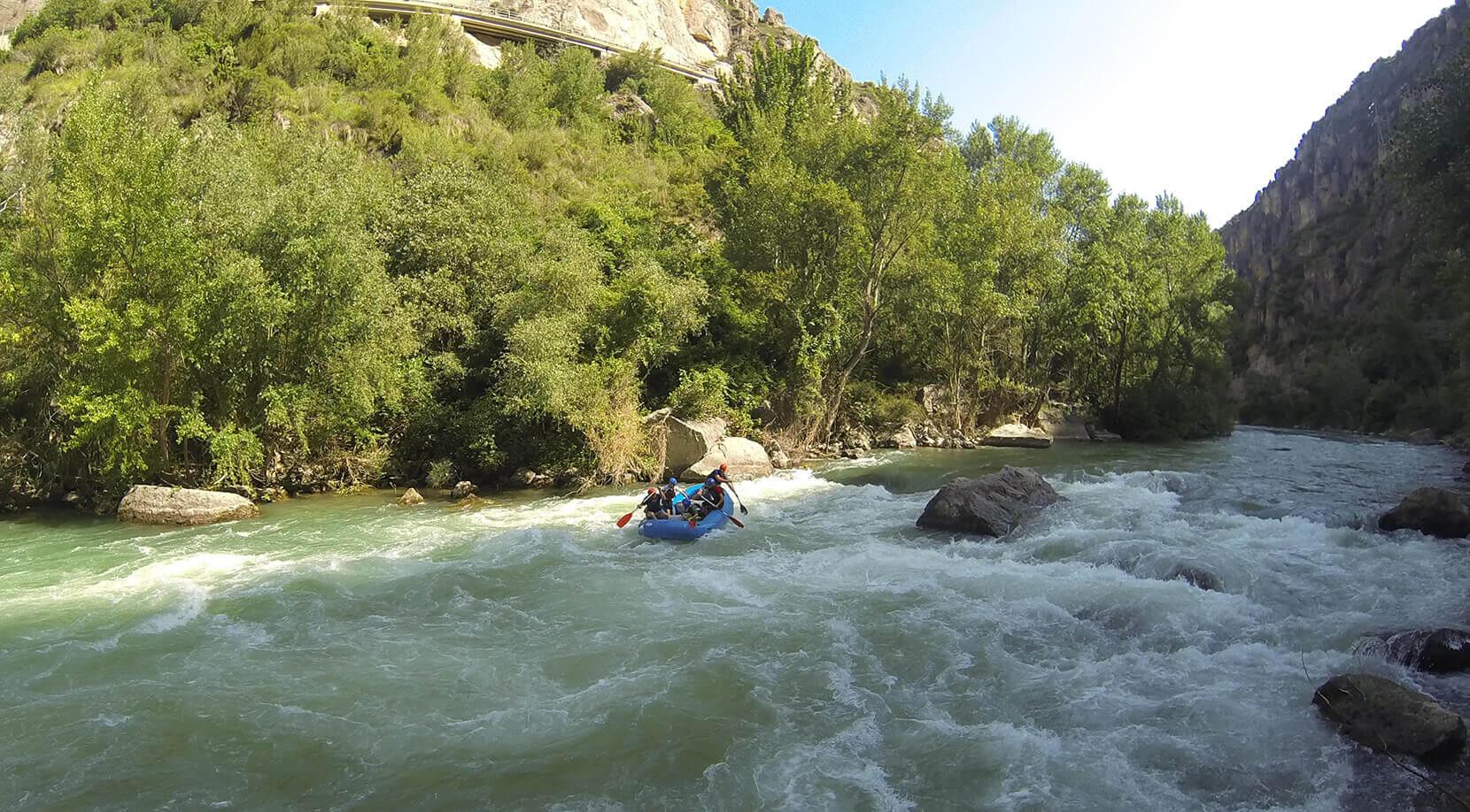 Rafting in Segre riber.